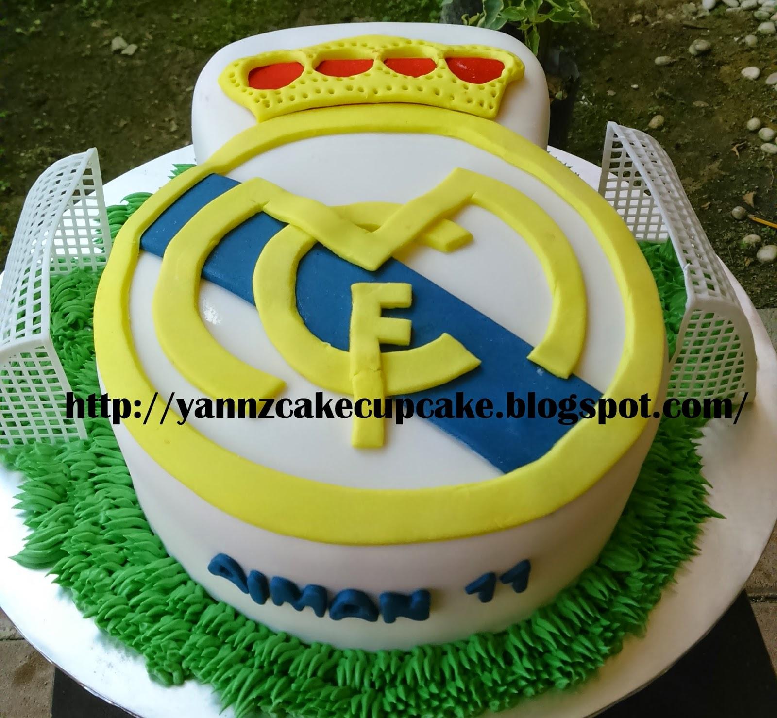 Admirable Real Madrid Cake Yannzcakecupcakecom Funny Birthday Cards Online Elaedamsfinfo