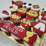 birthday fondant cupcakes